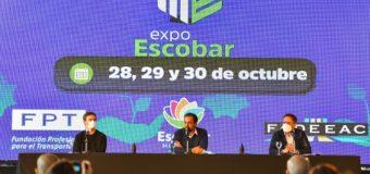 Sujarchuk presentó Expo Escobar junto a los ministros Cabandié y Costa